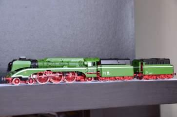 European Prototypes Other Lemke DR BR 18 201 Steam Locomotive Museum Edition 6530