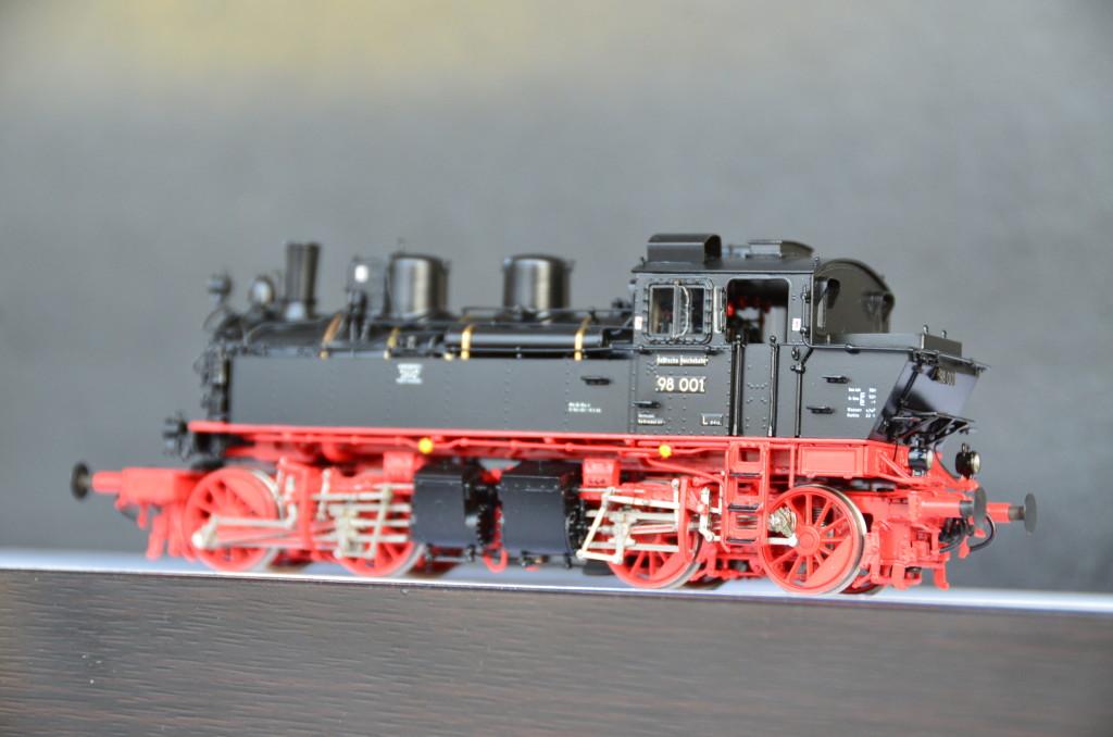 brass department micro metakit  dr br   meyer steam locomotive